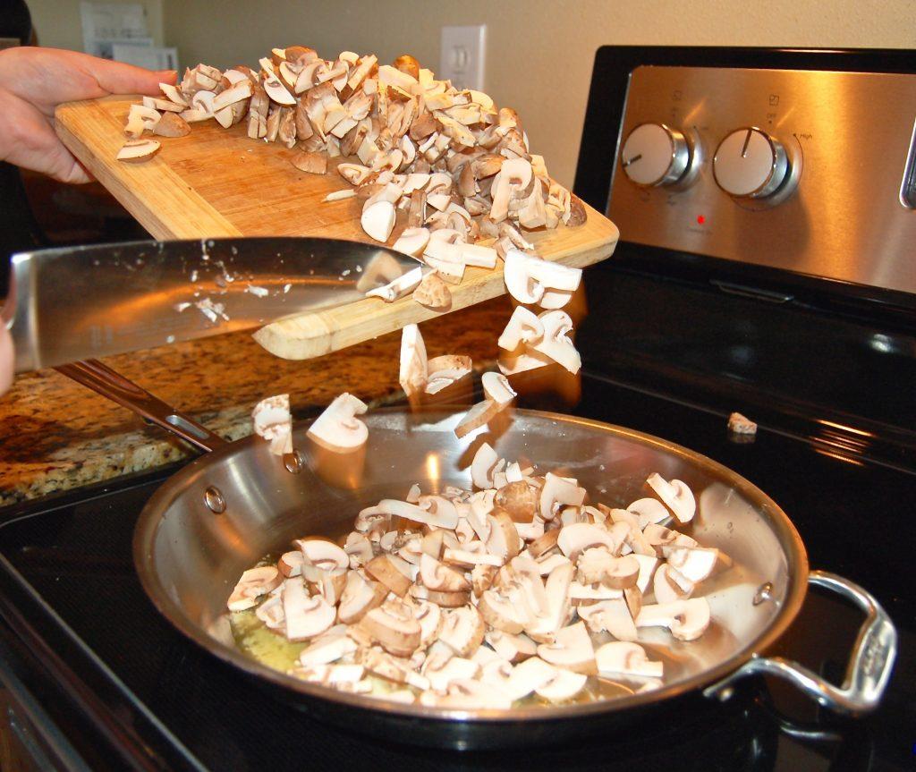White Wine Mushroom Gravy