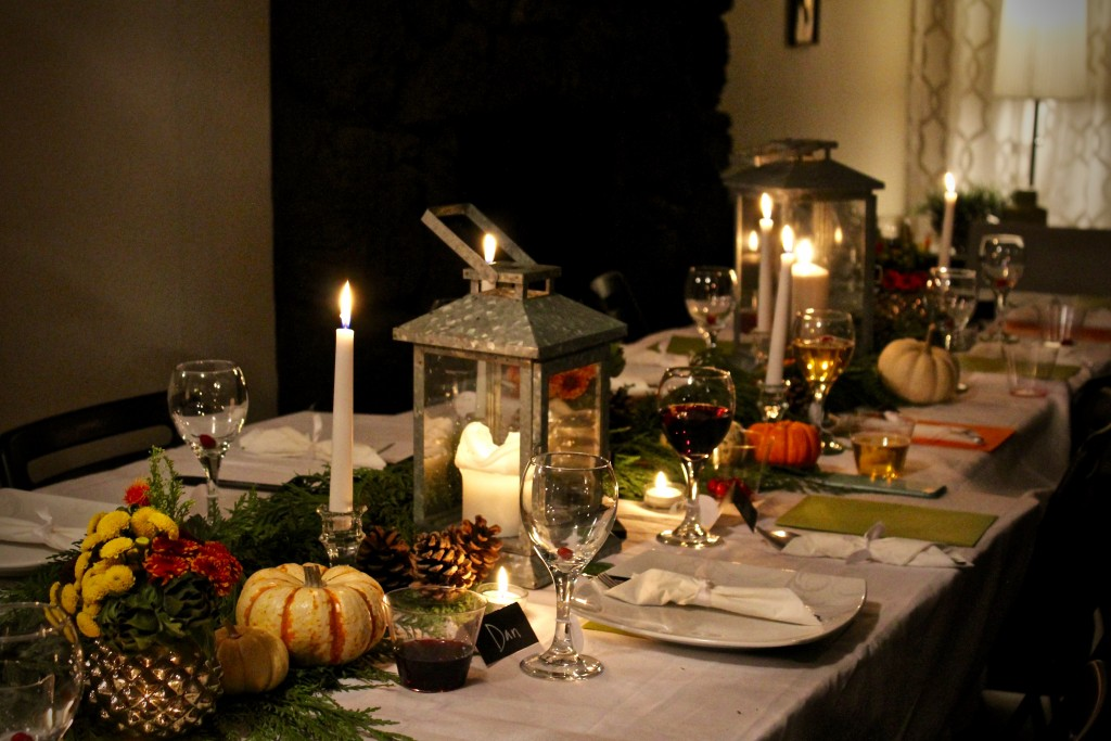 friendsgiving tablescape