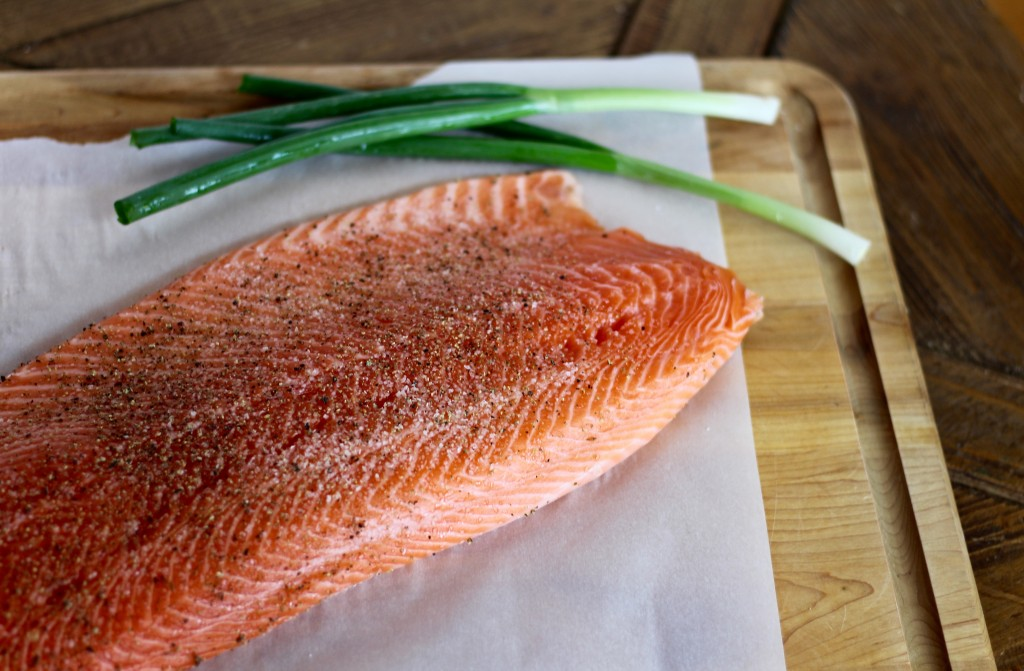 how to cook salmon fillet without skin in a pan
