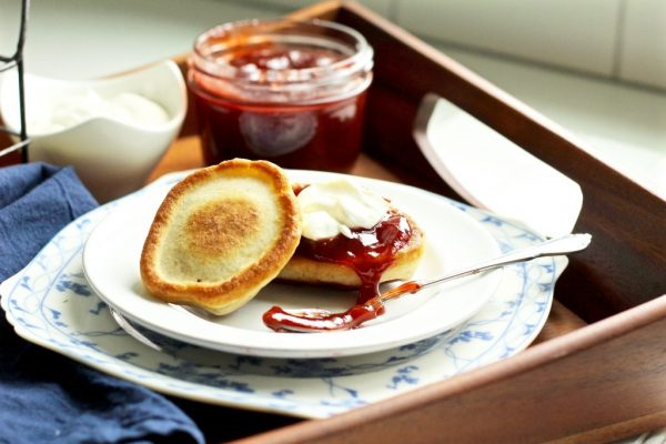 Sweet & Crispy Russian Buttermilk Pancakes (Oladi)
