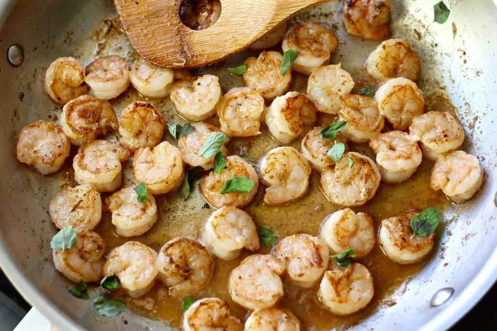 10 Minute Lemon Butter Garlic Shrimp