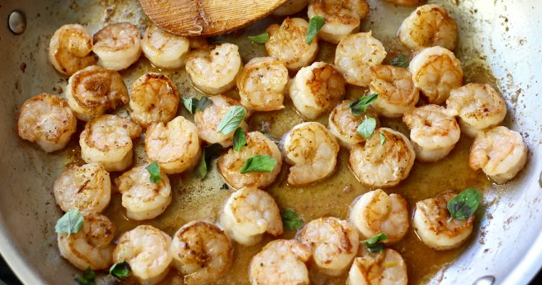 10 Minute Lemon Butter Garlic Shrimp